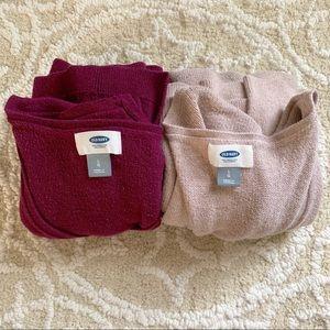 Pair of Old Navy VNeck Long Sleeve Sweaters